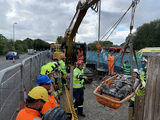 Emergency Services Team Up For Collaborative Working for Confined Space Training with eight2O