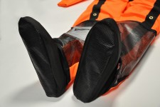 Soft feet to allow rapid drainage and minimise water in the helicopter